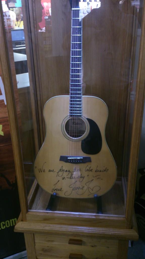 Jessie J Guitar