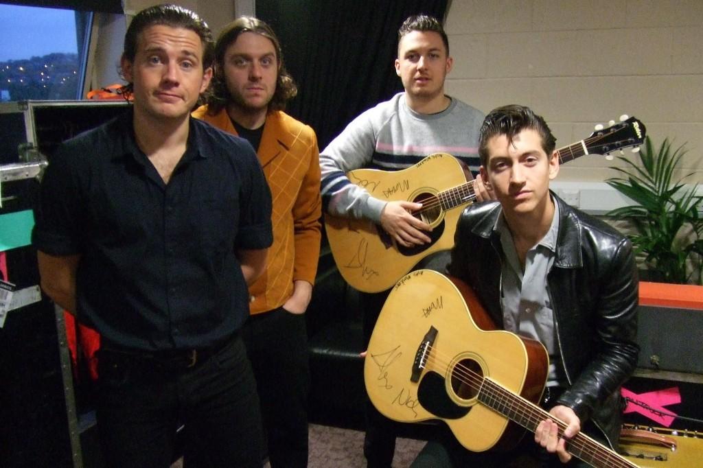 Arctic Guitars